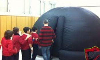 Planetario móvil digital
