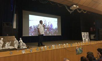 """El misionero, Padre Ubaldino, presenta """"Palabeck"""" en Ciudad de los Muchachos"""